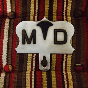 MD License Plate Topper, photo by Caryn